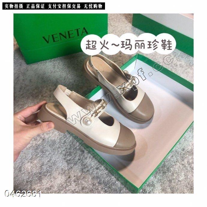时尚单鞋679一1
