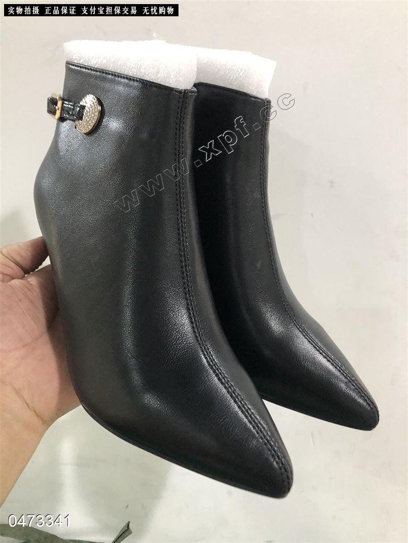 蔓足加棉时尚短靴
