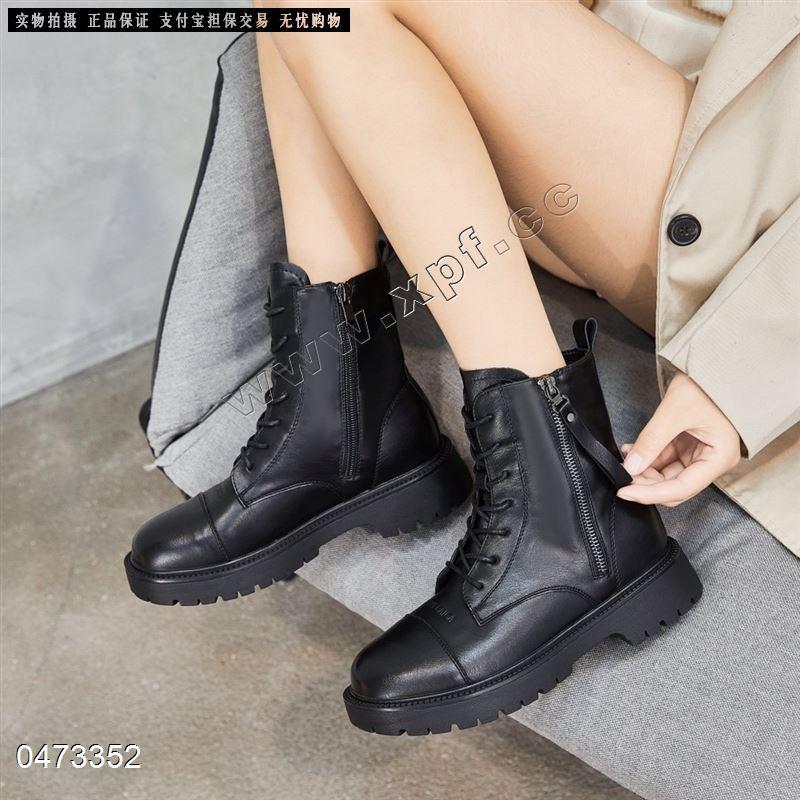 角色青春新款内里超柔时尚短靴1805