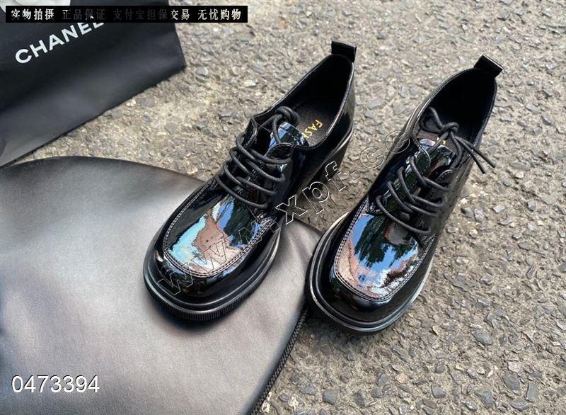 爆款时尚百搭单鞋