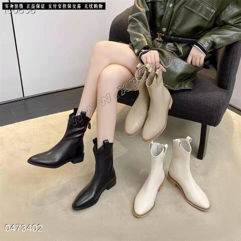 爆款卡丝露内里单时尚短靴